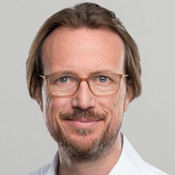 Photo of Dr. Christian Macht